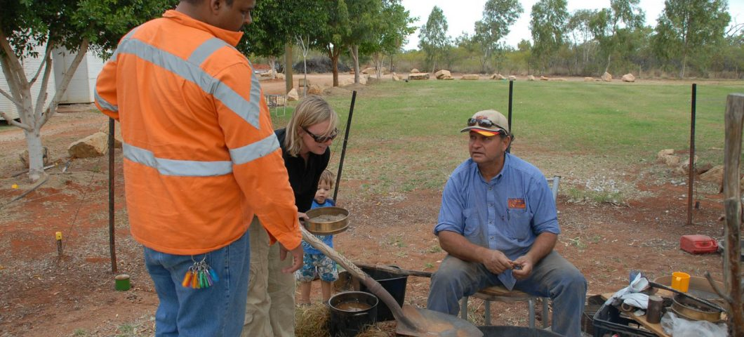 Making spinifex resin with Colin Saltmere