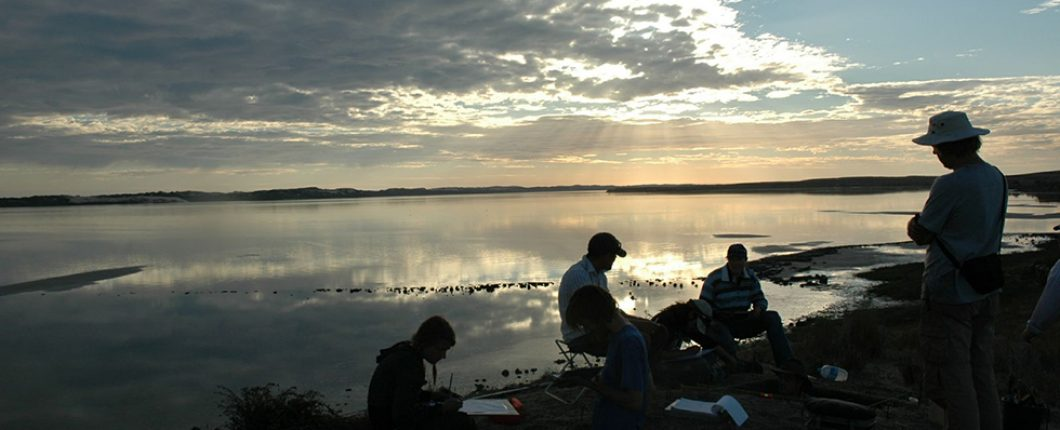 Another day of excavation on the Coorong with Ngarrindjeri rangers comes to a close